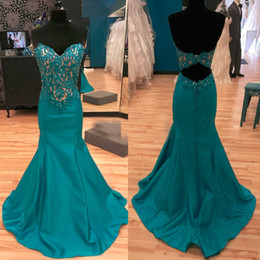 Longue Balle Verte Sans Dossier Pas Cher-Hunter Green Mermaid Robes de soirée 2017 Sweetheart Appliques Crystal Beaded Satin Long Backless Prom Gowns Sweep Train