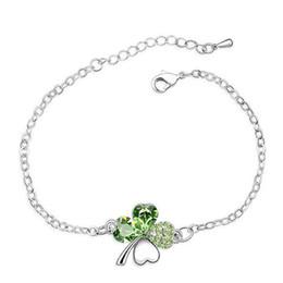 Venta al por mayor de Pulsera de trébol de cuatro hojas para mujeres hecha con cristales de Swarovski Elements Heart Bracelets 1896