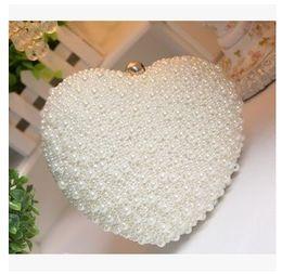 $enCountryForm.capitalKeyWord Canada - Wholesale- Heart Shape Ladies Pearl Clutch Bag Fashion Bead Evening Bag Crystal Chain Handbag Bridal Wedding Party Bag Bolsa Mujer
