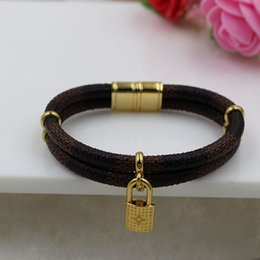 Wholesale New fashion accessories double lock small leather bracelet steel magnetic buckle leather rope bracelet