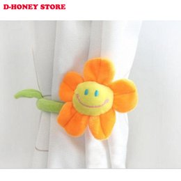 $enCountryForm.capitalKeyWord NZ - Cartoon Curtains Clip Sunflower Plush Flexible Tieback clamps for curtains Toy Home Dcor plush flower Lovely Girls Gift
