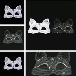 Sexy ball maSkS online shopping - New Black White costume ball mask Sexy lace mask Animal Fox mask evening party Supplies IA648
