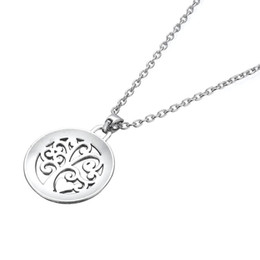 Metal Jewelry Gift Tree Canada - Fashion Simple Design Metal Alloy Tree And Heart Engrved Mom You Are The Heart Of Our Family Pendant Necklace Jewelry Best Gift For Mother