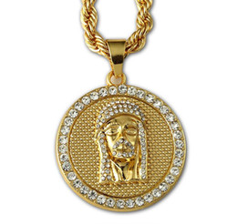 $enCountryForm.capitalKeyWord UK - Hot Selling 24K Gold Plated Jesus face head Round Crystal Pendant Necklace Hip hop Rap Golden Rock Pendant Cuban Chain Necklace Men Jewelry