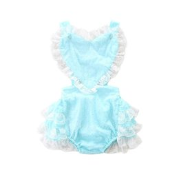 Baby Girl Cute Bodysuits Pas Cher-RetaiI Ins Summer Baby Girls Mignon Bodysuits Love Heart Tiered Lace Backless Princess Combinaisons Vêtements de bébé Vêtements pour enfants E17215