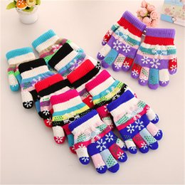 $enCountryForm.capitalKeyWord Canada - Autumn and winter kids thicken thermal yarn knitted gloves boy and girls snow print colorful gloves kids winter gloves Factory Wholesale