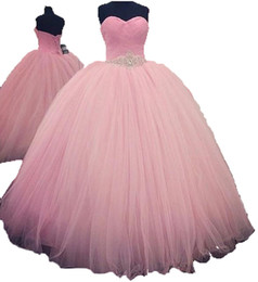 Light Pink Quinceanera Canada - 2018 Sexy Pink Ball Gown Quinceanera Dresses with Beaded Sweet 16 Dress Lace Up Floor Length vestido para debutante QC111