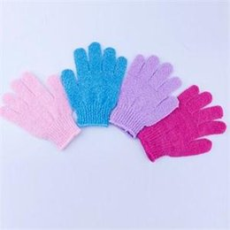 China Wholesale- 5PS Shower Gloves Exfoliating Wash Skin Spa Bath Gloves Foam Bath Skid Resistance Body Massage Cleaning Loofah Scrubber Cheapest cheap body massage scrubber suppliers