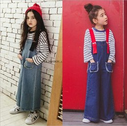 Pantalon Legging Bébé Pas Cher-Girls Denim Overalls Baby Girls Mode Pantalons larges Pantalons Kids Girls Autumn Casual loose Suspender Pantalons 2017 enfants Vêtements