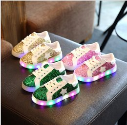 $enCountryForm.capitalKeyWord NZ - 26-30 2017 New Fashion Boys Girls Sequins Led Shoes Kids Led Lighted Sneakers Children Luminous Flat Casual Shoes Child Boy Girl Stars Shoes