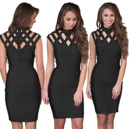 Barato Xxl Vestido Preto Sexy-S-XXL Big Size Mulheres Black Bodycon Dress Sexy Cut Out Detalhes Vestido Bandage Hot Ladies Club Wear Package Hips Mini Dress Online