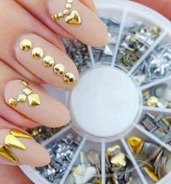 Vente en gros 1 Roue / Lot Nail Art strass Nail Art Bijoux Diamants Décoration d'ongles En Roue En Métal Matériel Accessoires Etoiles, Rondes, Formes De Coeur