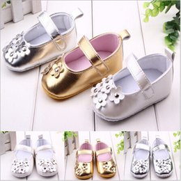 $enCountryForm.capitalKeyWord Australia - Wholesale- 2015 Fashion Spring&Summer Flowers Baby Shoes Soft Sole Baby Shoes First Walkers Infants Kids Girls Princess Shoes