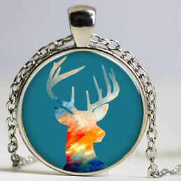 Deer White Pendant NZ - Blue color Elk Pendant Necklaces fashion Style silver plated alloy Link Chain 3 Colors Personality Jewelry deer necklaces