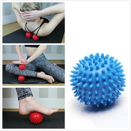 Ball For Massages Canada - Environmental PVC Spiky Massage Ball Trigger Roller Reflexology Stress Relief for Foot Arm Neck Back Body Massage for Men Women Keep Fit