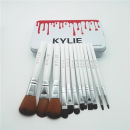 Cajas De Sombras Baratos-Kylie Makeup Brushes 12 pcs / set Set de Cepillo de Sombra de Ojos Profesional Foundation Powder Beauty Tools Cosmetic Brush Kits with Retail Box