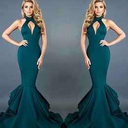 Barato Vestidos De Baile Vermelho Sereia Ruffle-Hot 2017 Teal Mermaid Evening Dresses Halter Keyhole Neck Sexy Open Back Layer Ruffles Long Train Party Celebrity Red Carpet Gowns Prom