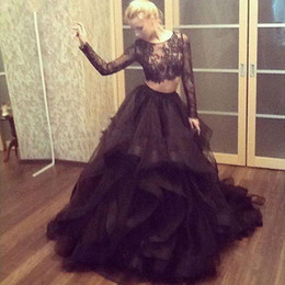 Jupe À Volants En Dentelle Noire Pas Cher-Sexy Black 2 Pieces Robes de bal 2017 Long Sleeves Sheer Scoop Crop Top Ruffles Jupes Vintage Lace Robe de soirée Robes de soirée