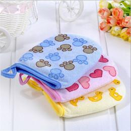 $enCountryForm.capitalKeyWord NZ - Wholesale-1PC Baby Kid Infant Cartoon Soft Bathing Bathroom Mitt Glove Foam Rub Shower Sponge Exfoliating Wash Cloth Towel ZQ674053