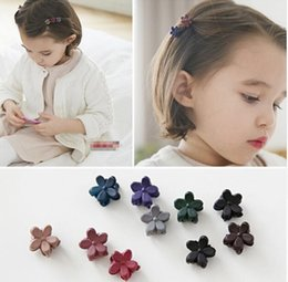 $enCountryForm.capitalKeyWord Canada - New Korean Fashion Girls Small Hair Claw Cute Candy Color Hair Clip Children Hairpin Hair Accessories Kids Present G361