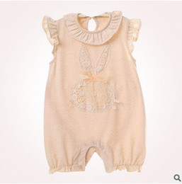 Barato Bordado Bebê Bonito-Baby romper Infant kids lace bordado fly manga romper baby girls cute coelho arcos calções macacão vestuário de algodão para bebês T3914