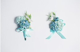 $enCountryForm.capitalKeyWord UK - The bride bridegroom blue pink flowers corsages brooches beach wedding bouquets the bride holding flowers bridesmaids bouquets wrist flowers