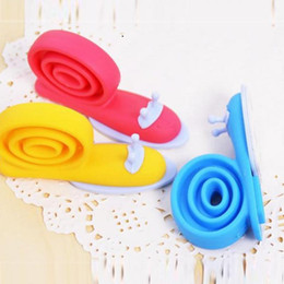 Discount cute door stoppers - Wholesale- 3Pcs Baby Kids Safety Cute Snail Door Stop Finger Pinch Guard Lock Stopper Protector Windproof plug fencing