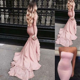 Robe De Bal Sans Manches Orange Sirma Pas Cher-Elegant Pink Mermaid Prom Robes Spandex Fitted Strapless sans manches Fit et Flare Evening Party Robes avec train Custom Made