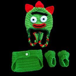 Newborn Props Hat Dinosaur Canada - Newborn Cartoon Monster Costume,Handmade Crochet Baby Boy Girl Dinosaur Hat Diaper Cover Booties Set,Infant Halloween Costume Photo Props