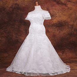 $enCountryForm.capitalKeyWord Australia - 2018 sex bridal gown lace up shoulder width line short-sleeved big retro wed dress Pluse 2-26w