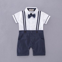 Mamelucos De Una Sola Pieza Del Verano Del Niño Baratos-Retail Boys Baby Gentleman Rompers Dots Bow Straps Summer One Piece Short Sleeve Monos Monos Toddler Clothes E12216