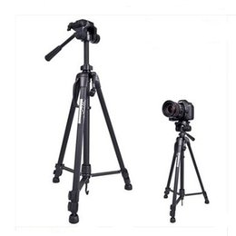 Chinese  Weifeng WF3520 3-way Head Aluminium Alloy Tripod Light weight for Camera with Bag manufacturers