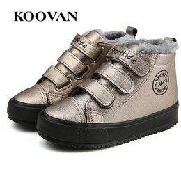 Barato Meninas Alto Alto Sapatilhas Crianças-High Top Shoes Boy Girl Sneaker Plus Plush Toddle Shoes Atacado 2017 Koovan Coreano Big Kid Shoe Alta qualidade Free Ship K519