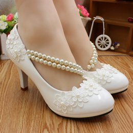 $enCountryForm.capitalKeyWord NZ - Autumn new white bud silk dress high heels Anklets pearl wedding shoes by hand The bridesmaid play female shoes