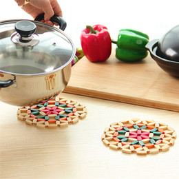 TradiTional chinese accessories online shopping - Flower color Bamboo bowl Mat Table Circular Hollow Kitchen Pot Mat Anti Scald Cup Bowl Mat Kitchen Accessories IA562