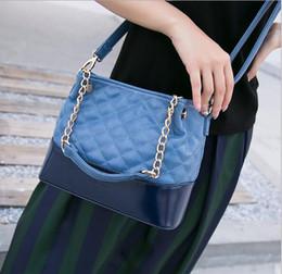 2017 neue Umhängetasche Handtasche Querschnitt Quadrat Lingge Kette Tasche tragbare große Kapazität wasserdicht weiches Leder Armband Tasche