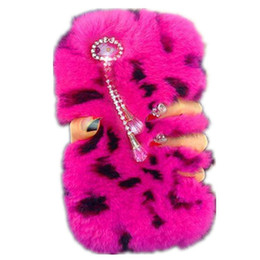 China Lady Case Phone Tassels Case Winter Warm Fluffy hair Fuzzy Bling phone case For Iphone 6plus 6s 7 8plus x XS XR XS Max Samsung S8 S9 Note 9 cheap pink ladies hair suppliers