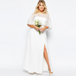 Robes De Mariage De Pays Plus Taille Pas Cher-Elegant Plus Size Lace Country Bridesmaids Robes Sheer Bateau Neck Split Side Robe d'honneur Robe en mousseline de soie Maid Of Honor Gowns