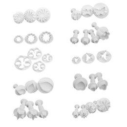 Cookies Plunger Mould UK - 33Ps Flower Set Plunger Fondant Cutter Cake Tools Cookie Biscuit Cake Mold Mould Craft DIY 3D Sugarcraft Cake Decorating Tool