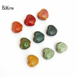 BoYuTe (60 Pièces / Lot) 15 MM Coeur Perles Vintage Style Porcelaine Perles En Céramique Fabrication de Bijoux Perles De Mode en Solde
