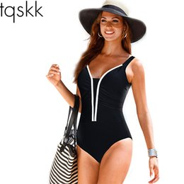 Barato Listras Pretas Do Terno-Atacado- TQSKK Plus Size Swimwear 2017 New Summer Beachwear Swim Print Stripe Vintage One Piece Swimsuit Trajes de banho feminino Black 5XL
