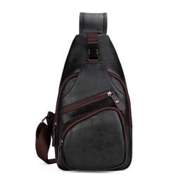 China Extra Large Size Fashion Mens Shoulder Bag Burglarproof Snapper Black Leather Mens Messenger Bag Travel Chest Bag suppliers