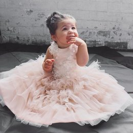 Robe De Robe De Plumes Pas Cher-Blush Tulle Ball Gown Flower Girl Dress 3D Flpral Appliques Robes Vintage Feather Girls Pageant Robes