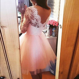 Barato Vestido Cor-de-rosa Pequeno Inchado-Cute Blush Pink Short Homecoming Vestidos Bateau Neck mangas compridas Lace Tulle Backless Puffy Light Pink Prom Dresses