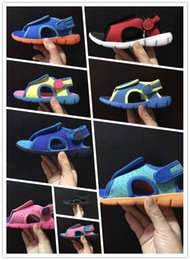 Wholesale 9 colors new hot sale sandals girls boys fashion high quality flip flop sandals size eur22