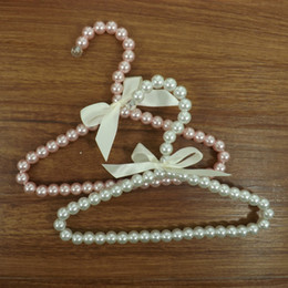 $enCountryForm.capitalKeyWord Canada - Wholesale Pet Hanger White Pink Pearl Hanger for Cat Dog 20cm Racks for Baby Infant Children Clothes Hangers