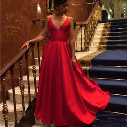 New fashioN special occasioN dresses online shopping - Sexy Long Evening Dresses Red Spaghetti Straps V Neck A Line Satin Formal Prom Gowns Red Cheap New Sleeveless Special Occasion Wear