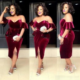 $enCountryForm.capitalKeyWord Canada - Chic Wine Red Cocktail Prom Dresses 2019 Sexy Off-Shoulder Open Back Split Velvet Formal Gowns Short Mini Dress for Party Wear