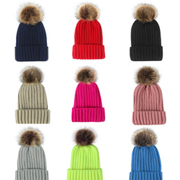 Skull Ball Caps Canada - New Unisex Trendy Hat Winter Knitted Poms Beanie Luxury Skull Caps Fashion Leisure Outdoor ball Hats free shipping