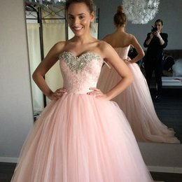 Barato Lace Acima Dos Vestidos De Bola Cor-de-rosa-Blush Pink Ball Vestido Quinceanera Vestidos Sweetheart Beaded Lace Tulle Ame Up Back Modest Prom Dresses Sweet 16 Dresses Sweet Sixteen Gowns